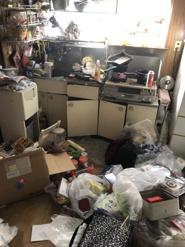 昭島市のゴミ屋敷