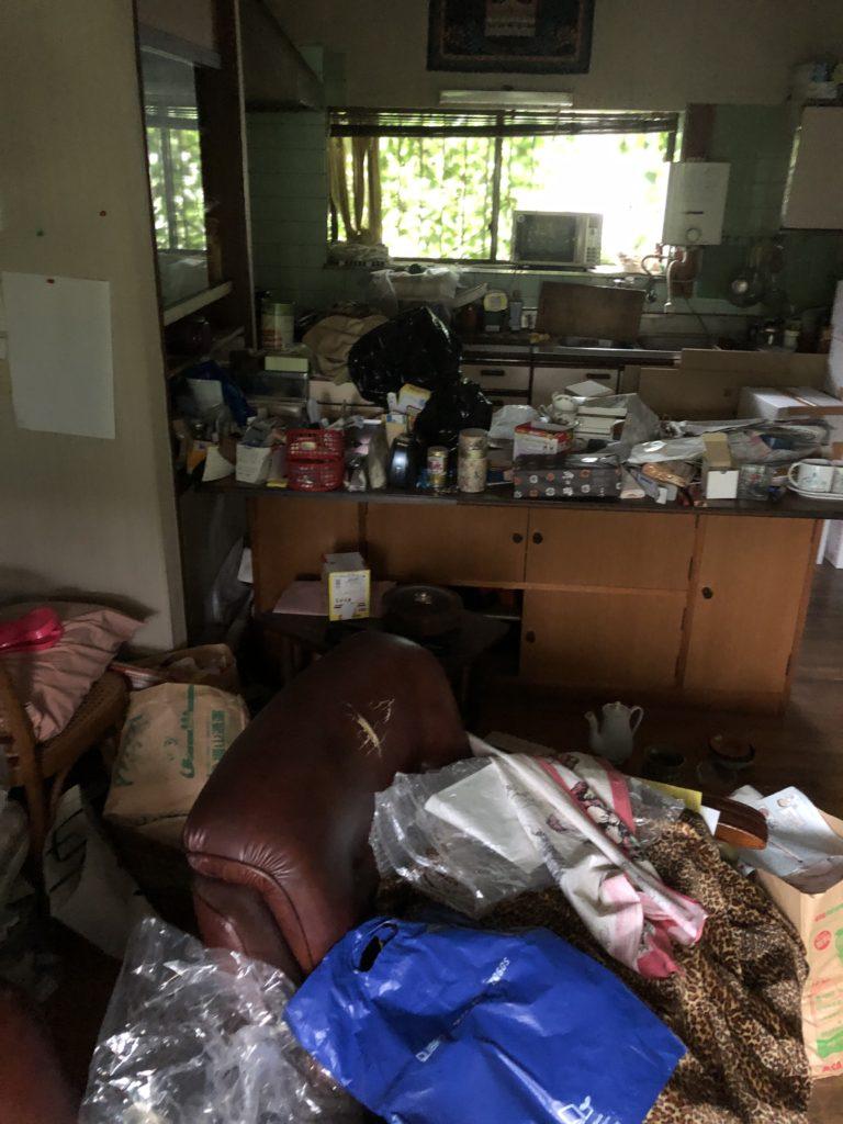 羽村市戸建てのゴミ屋敷